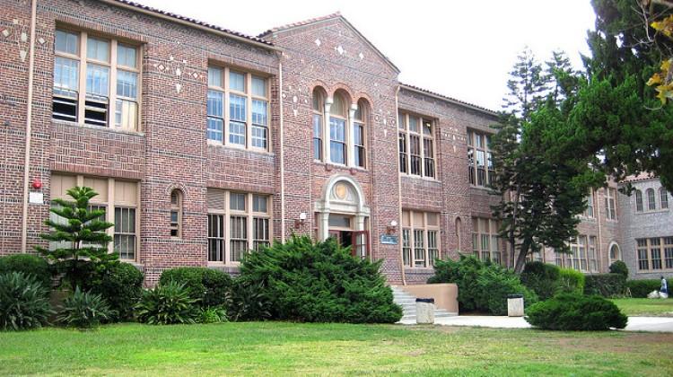 Bomb Threat Shut Down Los Angeles School District